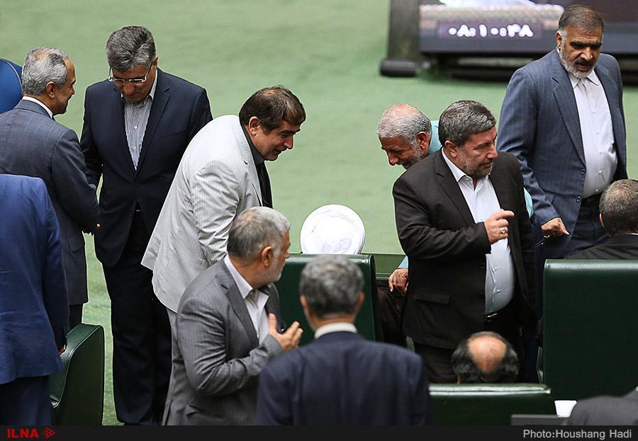 حاشیههای رای اعتماد/  از تصادف علی ربیعی تا اولین وزیر متولد بعد از انقلاب
