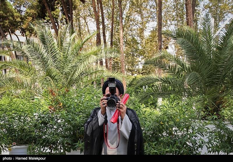 عکسی که وزیر اطلاعات از عکاسان گرفت + عکس
