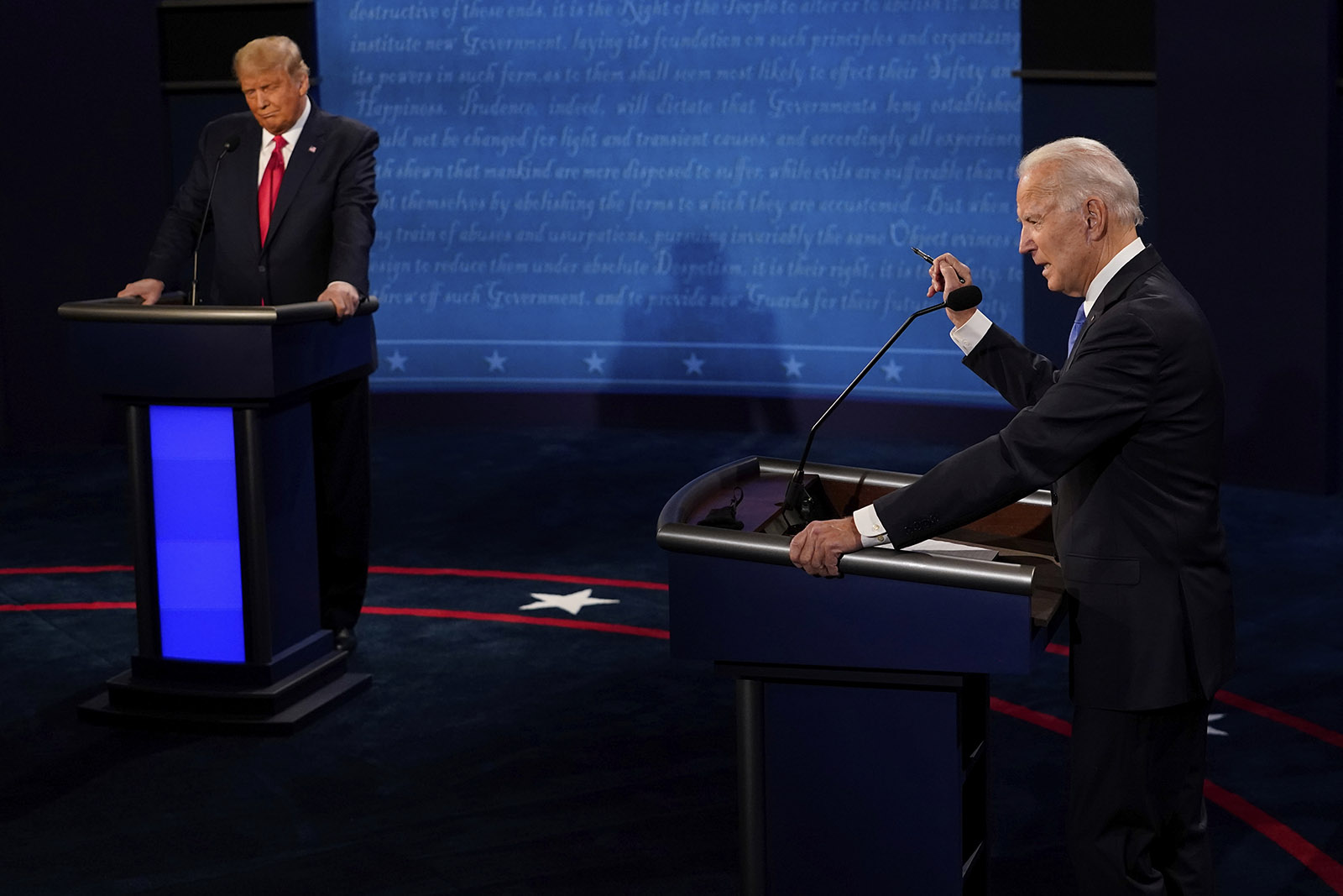 مناظره آخر بایدن و ترامپ