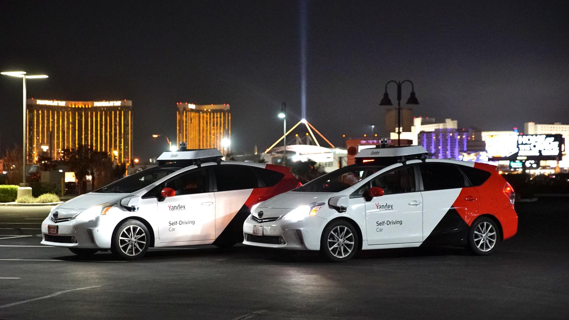 Yandex-mostrando-autos-de-conducción-independiente-en-CES-2020