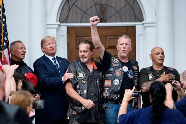 ترامپ و هوادارانش