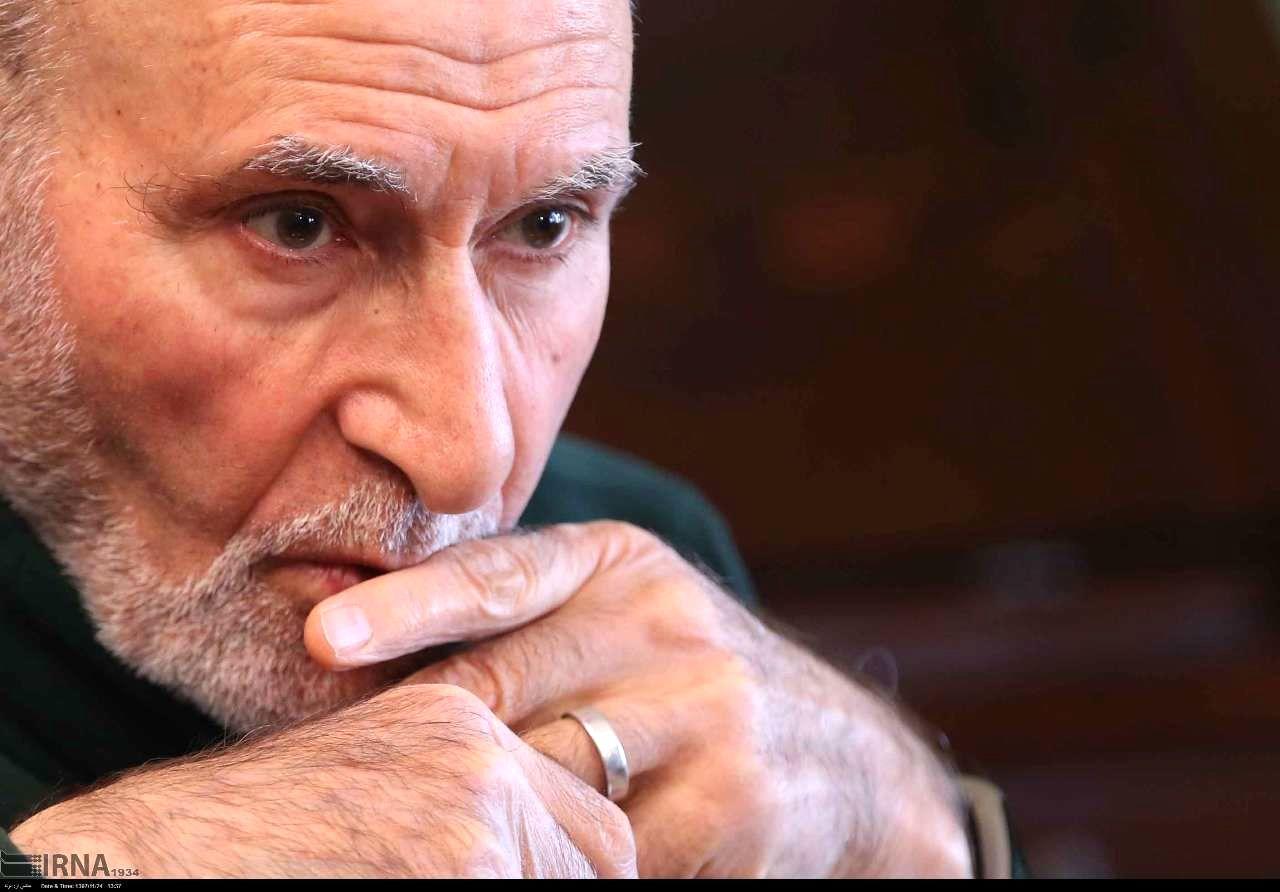 بهزاد نبوی: شریعتمداری من را مثل صدام میداند و بهتان میزند/ شهید رجایی  فکرش را هم نمیکرد بدون من نخستوزیر شود