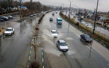 گزارش وضعیت راه های کشور / بارش ها در 15 استان کشور ادامه دارد