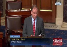 طرح سناتور آمریکایی برای ممانعت از جنگ با ایران