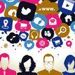 بررسی کاربران فعال شبکه های اجتماعی + اینفوگرافی