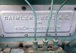 موتور برق عتیقه بنز در مقبره نادر شاه + عکس