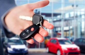 موافقت کمیته خودرو با فروش فوقالعاده ۱۵۲هزار دستگاه خودرو تا پایان سال
