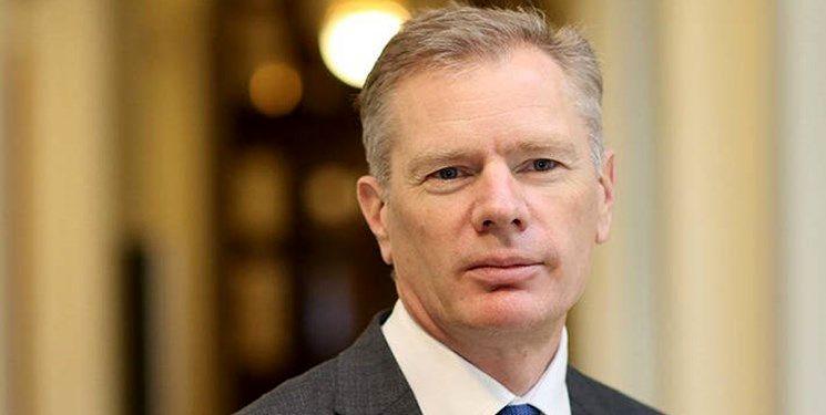 سفیر انگلیس: خبرنگاران منتقد را به افطار دعوت میکنم