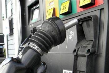 پلیس: افزایش قیمت بنزین تاکنون منجر به کاهش مصرف نشده