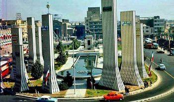 دو تصویر زیرخاکی از میدان توپخانه