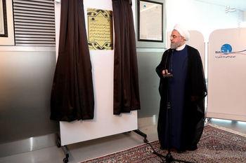 حسن روحانی:  مردم باید سرزندگی خود را مقابل دشمن نشان دهند