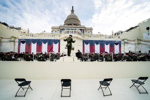 تصاویر آمادهسازی برای عجیبترین تحلیف رئیسجمهور منتخب آمریکا