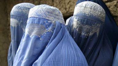 150320191025_mujeres_afganistan_refugiadas_640x360_reuters_nocredit (1)