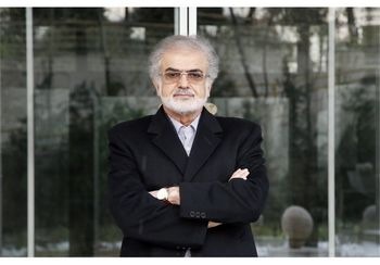 صوفی: عارف و جهانگیری گزینههای بالقوه ۱۴۰۰ هستند/ کاندیداتوری ظریف در حد گمانه زنی است/ اصلاح طلبان از لاریجانی حمایت می کنند؟