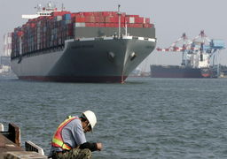 چینیها برای ترک بازار ایران تردید دارند