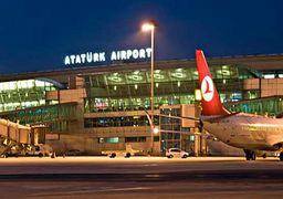 سقوط هواپیما در فرودگاه آتاتورک استانبول + عکس