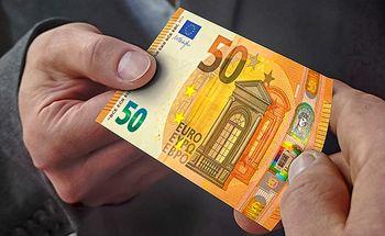 قیمت یورو و پوند پایین آمد +جدول نرخ ارز 17 مهر