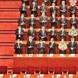 مشت آهنین سیاست چین پس از سی سال دستکش مخملین اقتصاد را پاره میکند؛کمونیستهای چینی در اجلاس سالانه خود شمشیر را از رو بستند