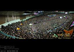 تصاویر همایش حامیان حسن روحانی در ورزشگاه آزادی