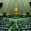 نطق دو نماینده مجلس در حمایت از ظریف و پاسخ به دهقان: پولشویی را جناحی نکنید/ به هر بهانهای ظریف را میکوبیم