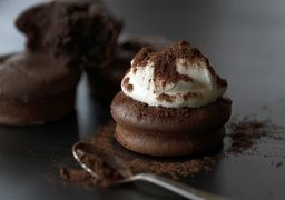 8 مزیت اثبات شده خوردن شکلات تلخ برای سلامتی بدن