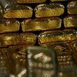 قیمت طلا امروز سه شنبه 19 /01/ 99 | طلا در بازار تهران بر خلاف بازار جهانی افزایش یافت + جدول