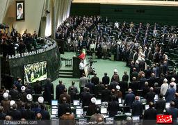 کارنامه دو ساله مجلس دهم/ تصویب 109 قانون، 4 استیضاح و 71 سوال