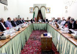 انتقاد جمهوری اسلامی از جلسات پی درپی اقتصادی سران کشور؛ این حضرات اگر میتوانستند کاری کنند، اصولاً چنین بحرانی به وجودنمیآمد