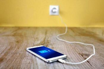 چگونه از خالی شدن سریع باتری گوشی جلوگیری کنیم؟