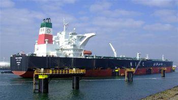 رویترز: هند خرید نفت ایران را به نصف کاهش میدهد