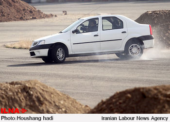 بحران در تولید ال 90 / تولید خودرو ال90 در 2 شرکت بزرگ خودروساز به صفر رسید