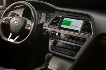 سوناتا 2015 اولین خودروی اندرویدی جهان