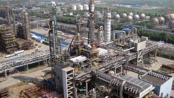 رشد قیمت نفت با بازار پتروشیمی چه میکند؟/ سیگنالهای پسابرجامی پلیمرها، از گمان تا حقیقت