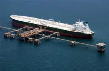 پیشبینی درآمد 28 میلیارد دلاری نفتی ایران در امسال