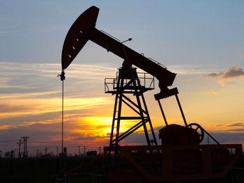 سقوط قیمت نفت پس از پایان اعتصاب کارکنان نفت کویت/نفت برنت 42 دلار