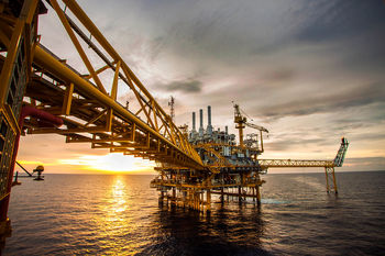 مهمترین فاکتور انتخاب شریک نفتی، چیست؟/ کشورهای اروپایی مشتری نفت ایران
