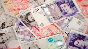 کاهش شدید برابری دلار در مقابل پوند بریتانیا