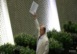 سخن روحانی درباره انتخاب فرماندهان نظامی بار امنیـتی ایجاد میکند