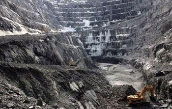 110 نفر با انفجار معدن زیر آوار ماندند