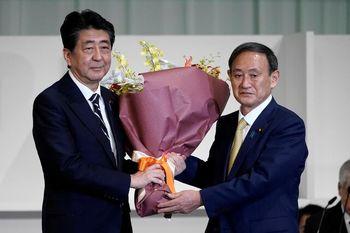 دردسرهای رسوایی شینزو آبه برای نخست وزیر جدید ژاپن