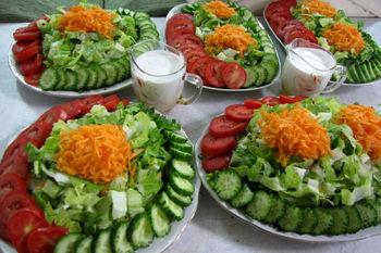 اثر خطرناکی خوردن همزمان گوجه و خیار بر بدن می گذارد