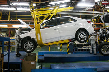 قیمت تمام شده خودرو در ایران 40 درصد بیشتر از دنیا/ سه عامل اثرگذار در قیمت خودرو