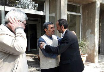 انتشار عکس ماشین له شده معاون محمود احمدینژاد