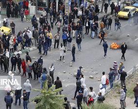 تصاویر اعتراضات بنزینی در شهرهای ایران؛ از اعتراض تا آشوب و تخریب اموال عمومی