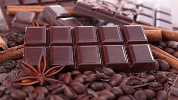 خوردن  کاکائو این تاثیر عجیب را بر روی مغز می گذارد