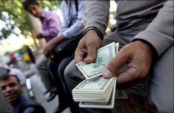 بازار ارز و پایان نوسان قیمت دلار در انتظار رفع یک ابهام-مراوده