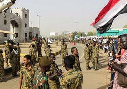 رکب نیروهای امنیتی سودان به رهبر معترضان