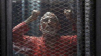 رهبر اخوان المسلمین به حبس ابد محکوم گشت
