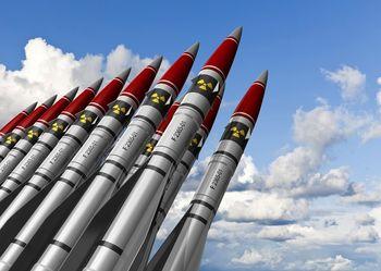 به هرگونه حمله موشکی، پاسخ اتمی خواهیم داد