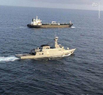 اسکورت نفتکش ایرانی توسط نیروی دریایی ونزوئلا +تصاویر